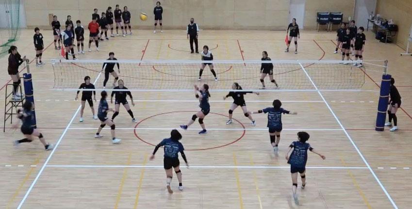 東京女子体育大学・神戸親和女子大学 バレーボール部と練習試合を行いました
